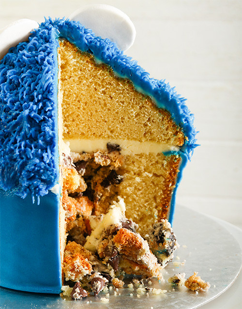 bakery: Cookie Monster Giant Pinata Cupcake!