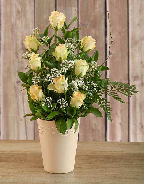 mothers-day: Cream Roses in Ceramic Pot!