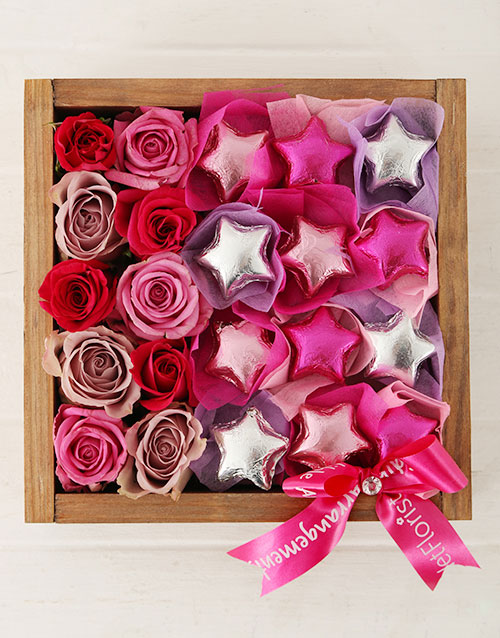 mothers-day: Playful Stars in Wooden Crate!