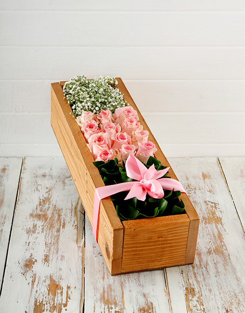 colour: Wooden Crate of Pink Roses!