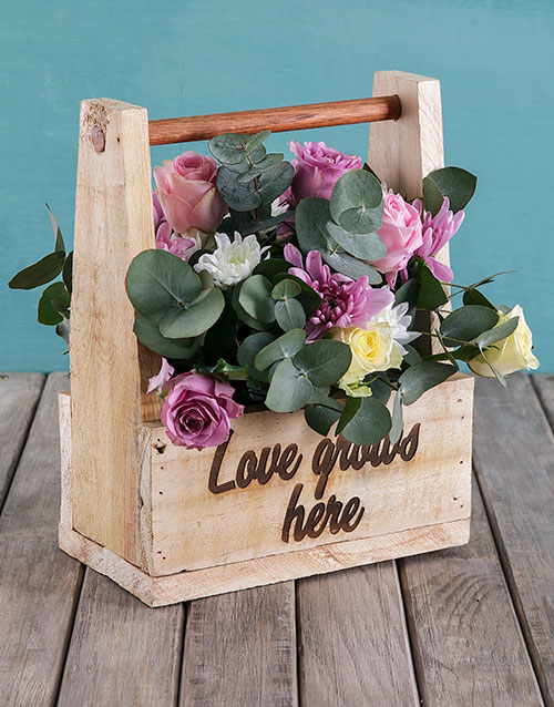 colour: Mothers Day Love Grows Flower Crate!