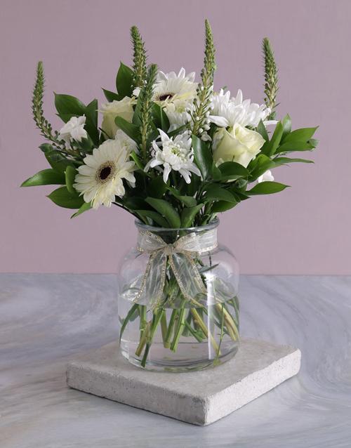 colour: Mothers Day White Wonder Flower Arrangement!
