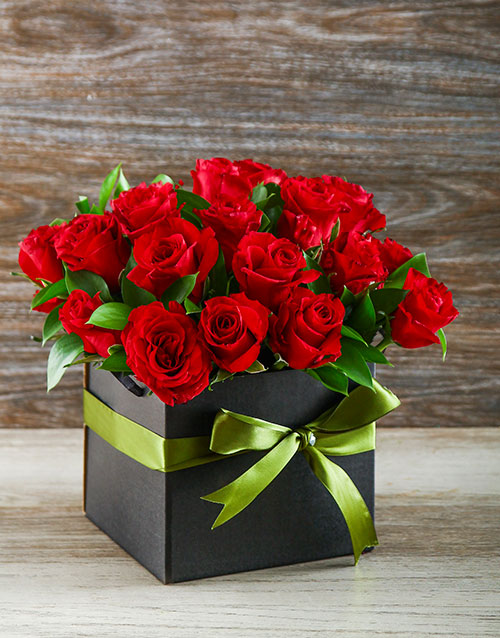 roses: Red Roses in a Black Gift Box!