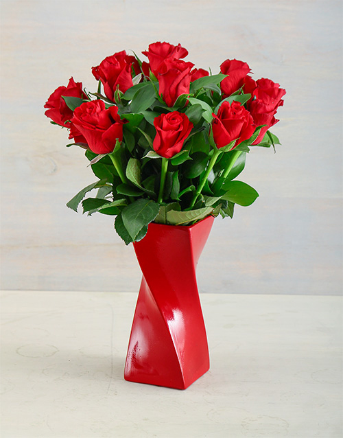 roses: Red Twisty Affair!