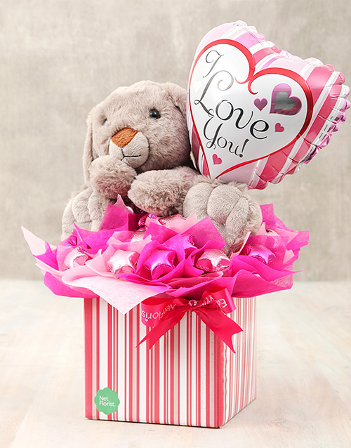 edible-chocolate-arrangements: Love You Balloon and Rabbit Teddy Box!