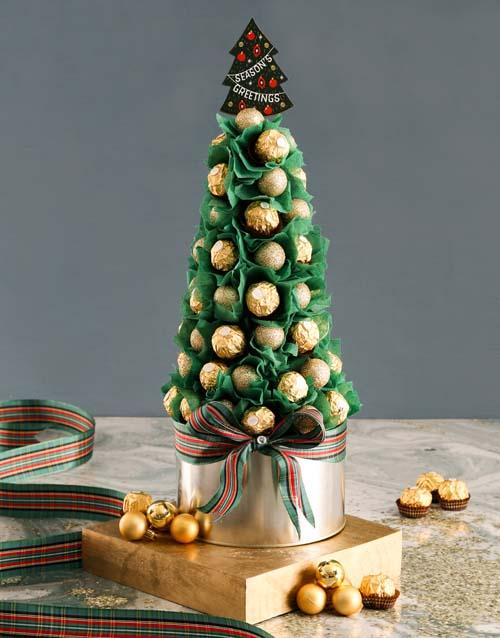 edible-arrangments: Fantastic Festive Cone!