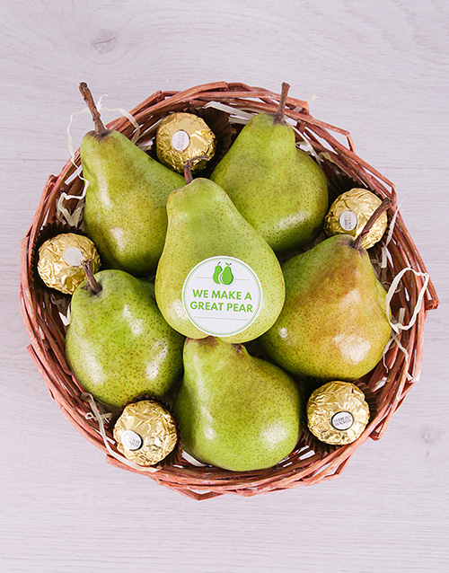 gourmet: Perfect Pear Basket!