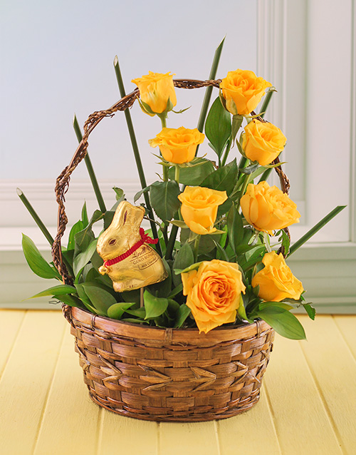 roses: Yellow Easter Roses in a Basket with Lindt Bunny!