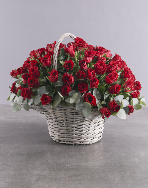 luxury: Darling Heart 100 Red Rose Basket!