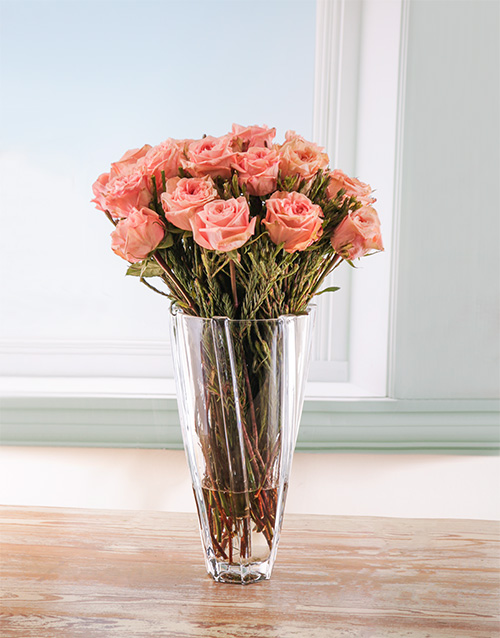 luxury: Simple Delight Rose in a Crystal Vase!