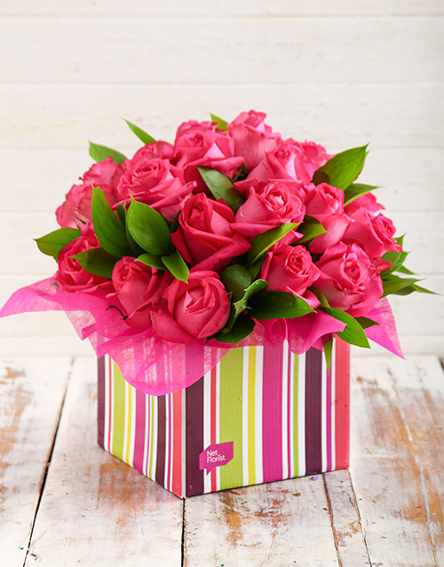 anniversary: Pink Roses in Striped Box!