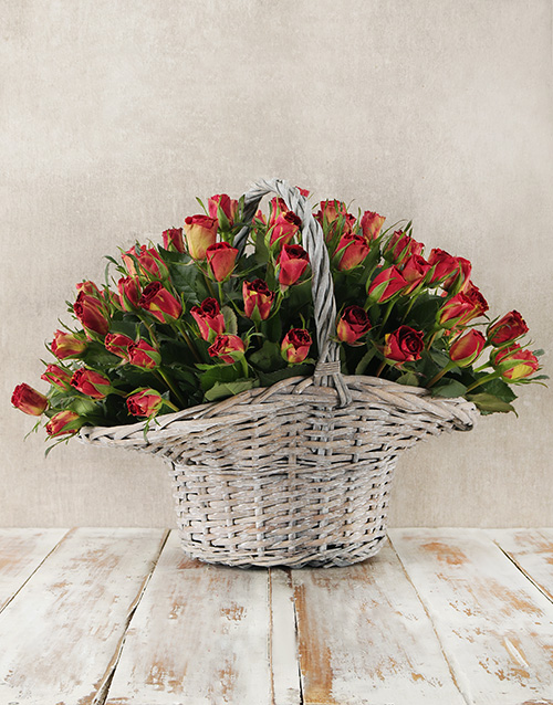 seasonal: Enchanting Rose Basket!