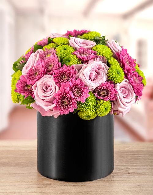 vase: Light Purple Dreams Flower Arrangement!