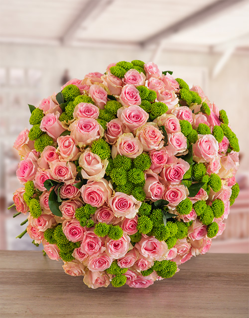 colour: Sorbet Supreme Rose Bouquet!