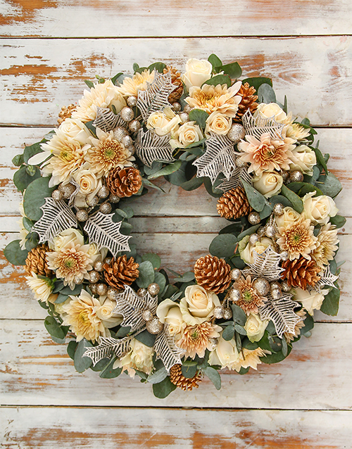 roses: Merry and Bright Christmas Wreath!