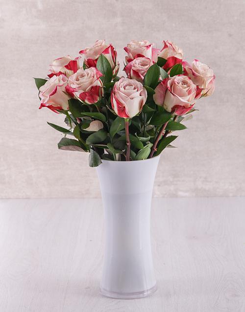 coloured-vases: Really Pink Arrangement!