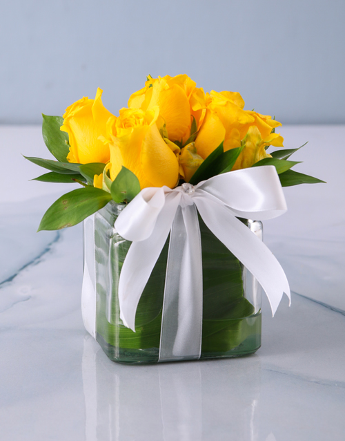 Yellow Roses In A Small Square Vase Online
