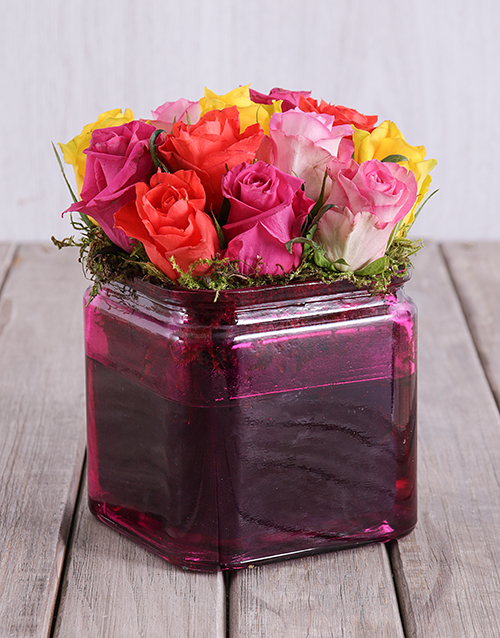 roses: Mixed Roses in a Pink Square Vase in Bulk!