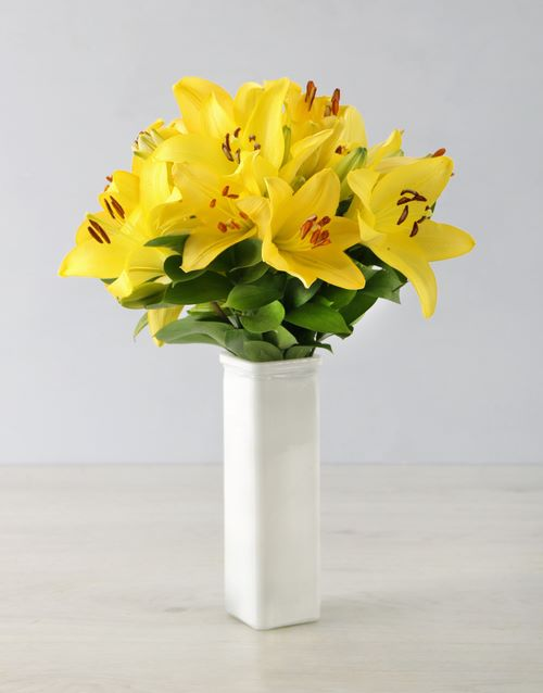 colour: Yellow Asiflorum Lilies in a White Vase!