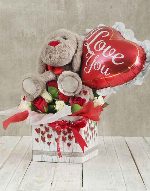colour: Roses and Love Balloon Romance Box!