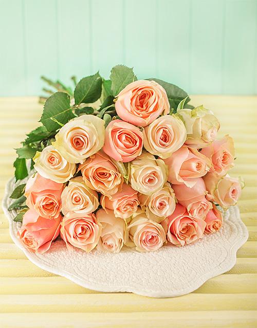 colour: Pastel Giant Ethiopian Rose Bouquet!