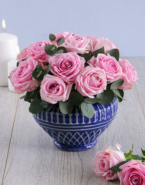 flowers: Pink Roses in a Cobalt Blue Bowl!