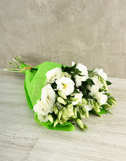 flowers: Cream and White Lisianthus Bouquet!