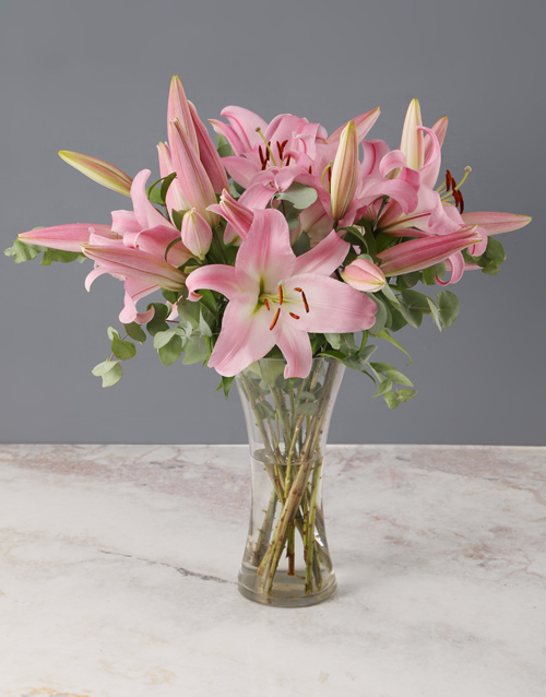 lilies: Stargazer Lilies in a Glass Vase!