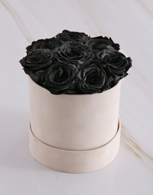 bosses-day: Black Preserved Roses in a Cream Box!