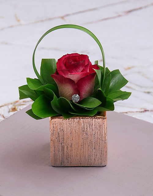 flowers: Pink Rose Magic in Square Vase!