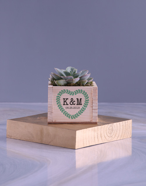 personalised: Personalised Love Wreath Succulent!