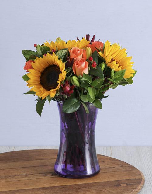 vase: Blooming Floral Arrangement!