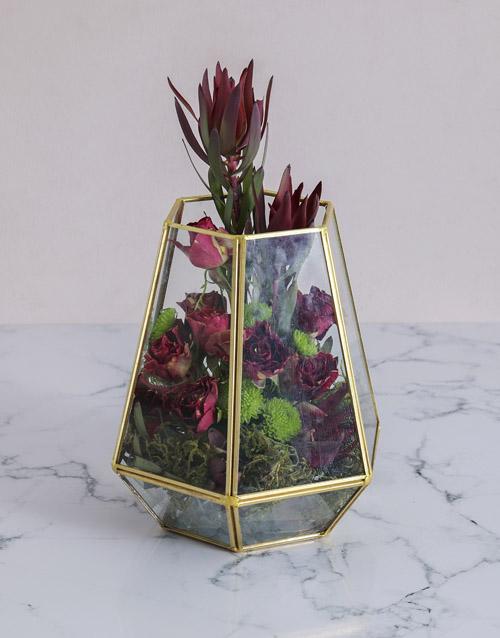 congratulations: Abracadabra Roses in a Terrarium !