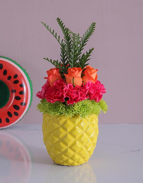flowers: Pineapple Rose Display!
