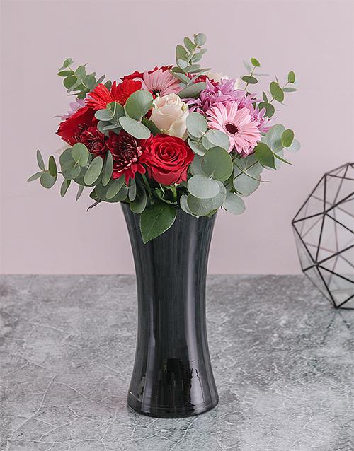 colour: Rose and Daisy Floral Arrangement!