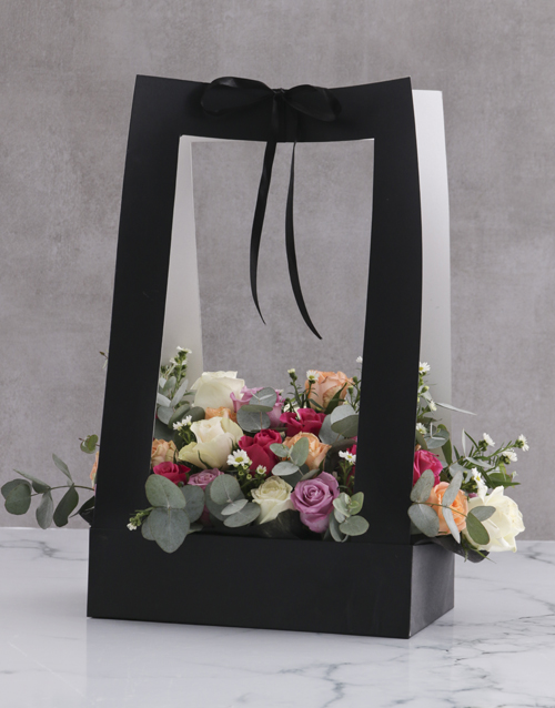 friendship: Modern Mixed Roses In Black Carrier Bag!