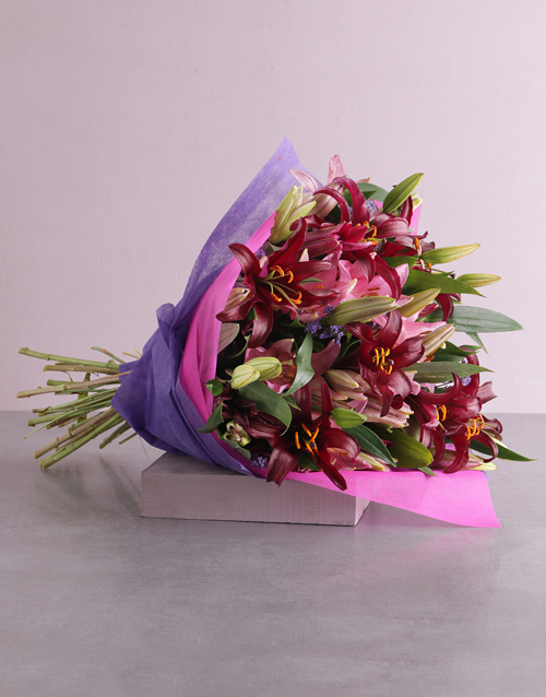 anniversary: Exquisite Lily Blossoms!