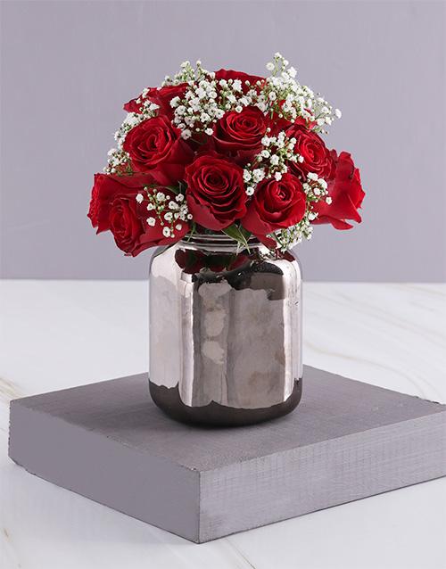 christmas: Christmas Red Roses In Bronze Vase!