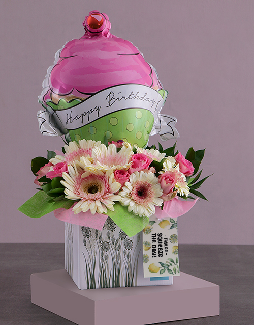 colour: Personalised Birthday Cupcake Arrangement!