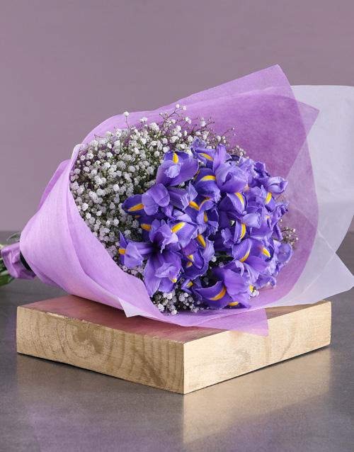 colour: Bouquet of Blue Irises!
