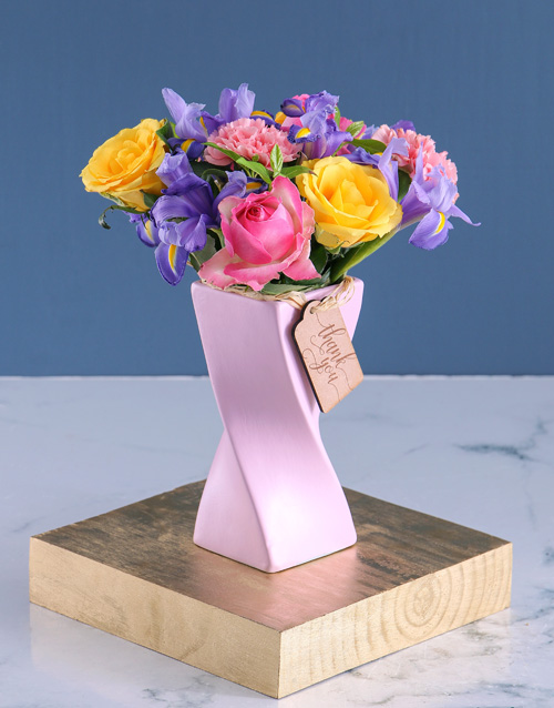 colour: Pastel Blooms in Pink Twisty Vase!