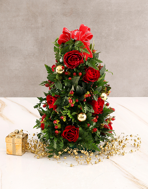 christmas: Red Roses with Golden Christmas Baubles!
