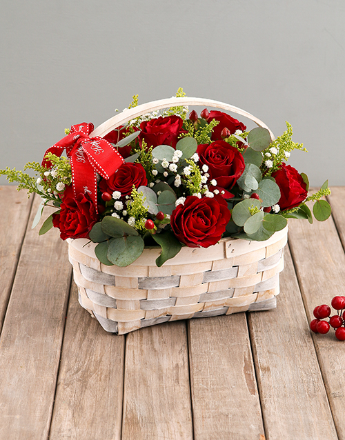 flowers: Red Roses in Wooden Basket!