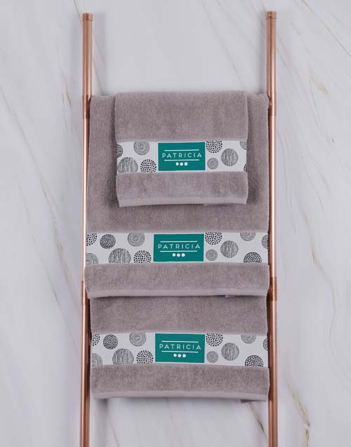 mothers-day: Personalised Circles Stone Towel Set!