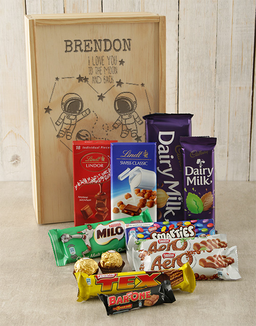 discovery: Personalised Moon and Back Choc Crate!