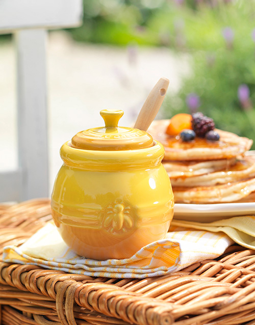 birthday: Le Creuset Honey Pot with Honey!