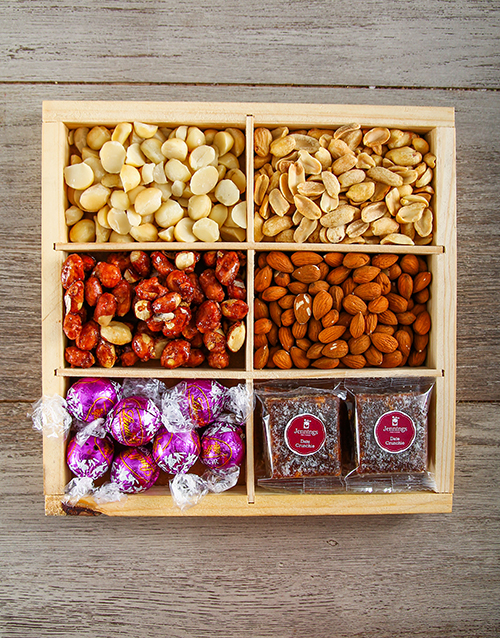 gourmet: Nutty Munchies Snack Crate!