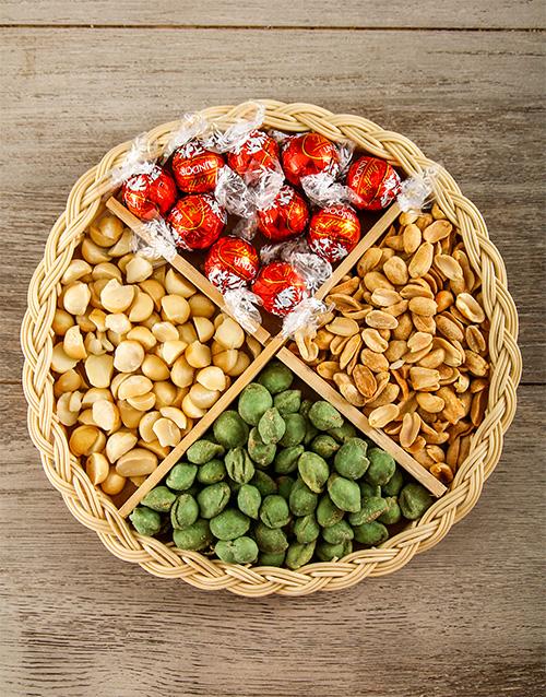 gourmet: Festive Snack Basket!