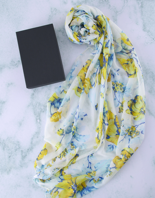 bosses-day: Botanical Scarf in a Gift Box!