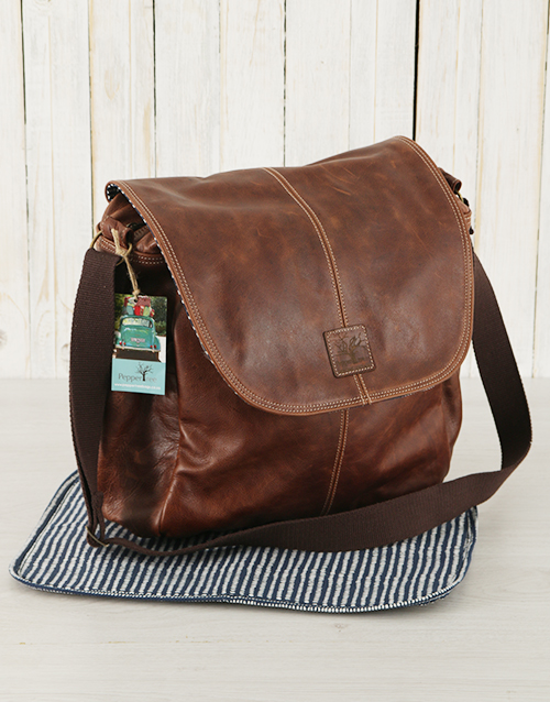 baby: Peppertree Dark Leather Baby Nappy Bag!